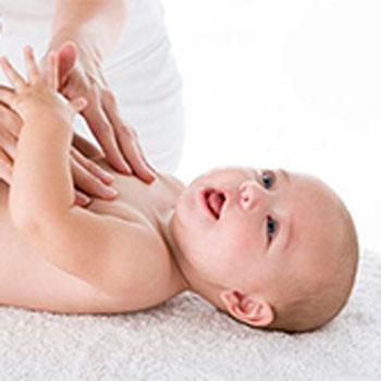 Как делать массаж новорожденному: простые правила