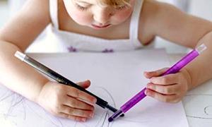Рисование двумя руками: польза для интеллекта